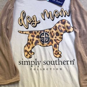 NWT simply southern shirt size med dog mom